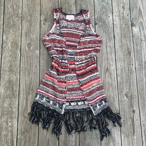 5/25!! paper crane sleeveless knit cardi w/ fringe